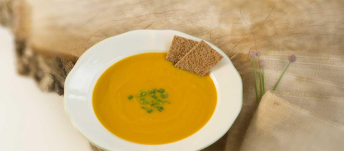 Süsskartoffel-Karottensuppe